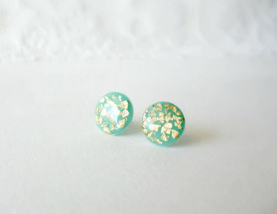 Mint  and gold stud earrings Elegant everyday by DivineDecadance