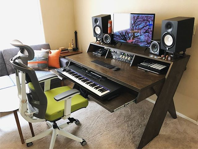 A Simple But Powerful Home Studio Setup By Justinerinn Musicstudio Musicproducer Home Music Rooms Home Studio Setup Home Recording Studio Setup