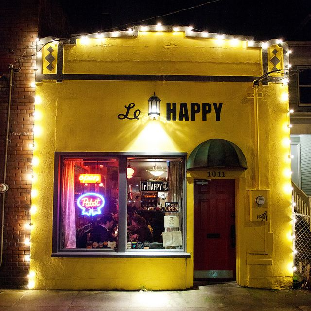 Le Happy is Portland's favorite crêperie, Straddling the transcendental dividing line between the Pearl District and the Northwest on Northwest 16th Avenue, Le Happy balances cool with cozy and achieves a higher plane.