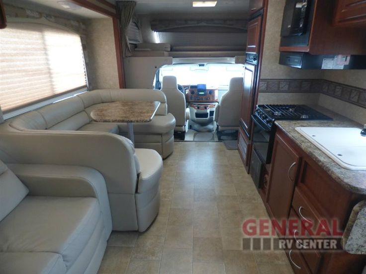 Traveling With Your Famiy Has Never Been Easier With The Used 2010 Four Winds RV Chateau 31K Motor Home Class C at General RV | North Canton, OH | #142298