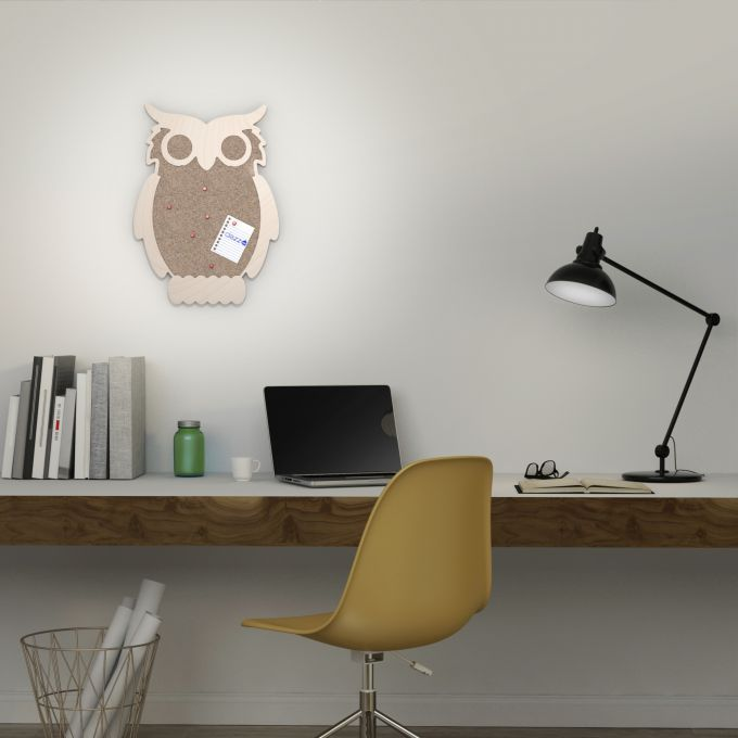 Owl Noticeboard. Made from baltic birch plywood and natural cork, cnc cutted. Designed and made in Québec, by dezz.xyz