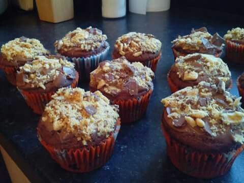 Crunchie cupcakes