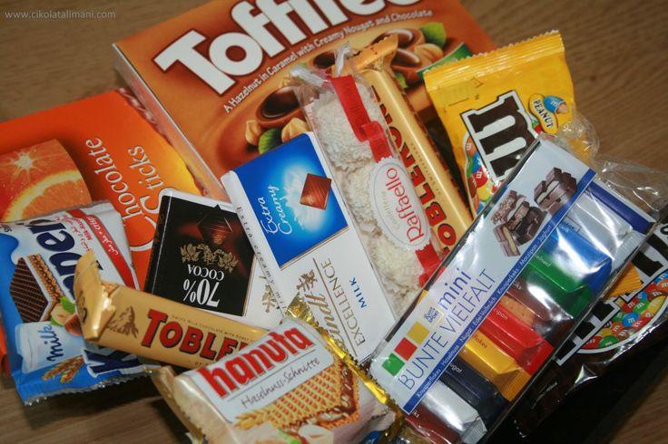 Aman siz Pazartesi sendromu yaşamayın! :)  Pazartesi Sendromu Mini Paketi'yle; 9 farklı marka 11 çeşit çikolata kargo dahil 56₺  www.cikolatalimani.com