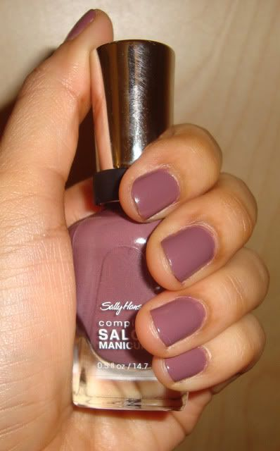 My most recent purchase... i love it! Sally Hansen Plum's the Word