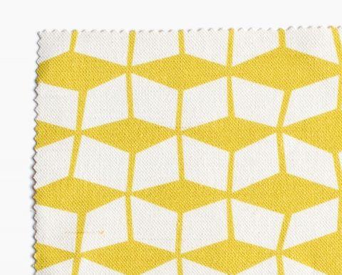 Tissu motif Mouvant jaune