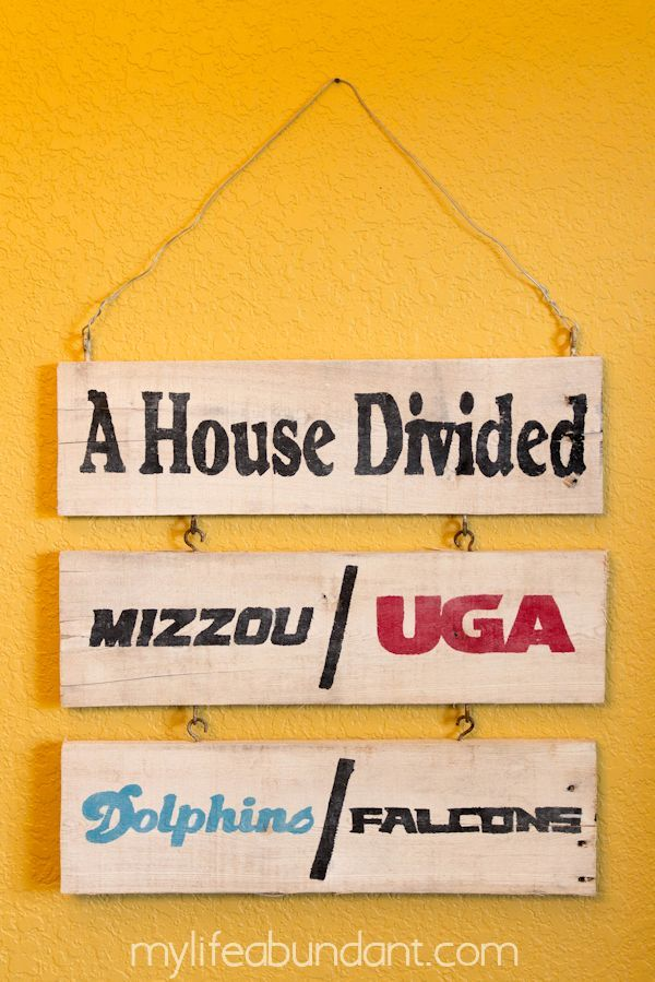 DIY Pallet House Divided Sports Sign