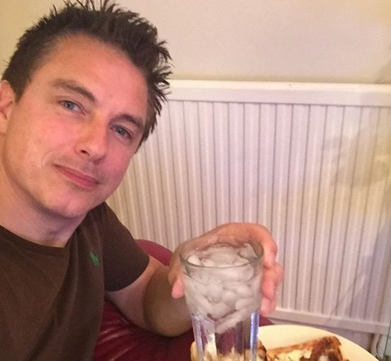 John Barrowman Said Tranny And He Doesn't Regret It - #celebrities #fight #love #cause #gay #lgbt #news #john #barrowman #tranny #regret #barrowman #actor #community #trans #disappointed #lgbt #community #supports #joke #oversensitive