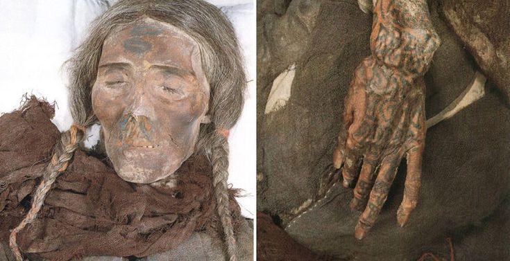 Самая древняя мумия прекрасно сохранилась и получила имя Лоуланьская красавица: эта молодая женщина модельного роста (180 см) с аккуратными косичками льняных волос пролежала в песках 3800 лет. Она была найдена в окрестностях Лоуланя в 1980 году, рядом был похоронен 50-летний мужчина двухметрового роста и трехмесячный ребенок с древней «бутылкой» из коровьего рога и соской из овечьего вымени. Тамирские мумии хорошо сохранились благодаря засушливому климату пустыни и присутствию солей.