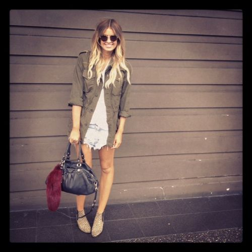 Vintage army jacket with ankle boots