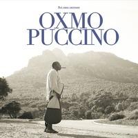"""En mars 2009, Oxmo Puccino sortait """"L'Arme de Paix"""", un album empreint de poésie et de lumière. Après plus de 100 concerts, une victoire de la musique et un album live, il s'entoure d'artisans magiciens pour """"Roi Sans Carrosse"""" ou, avec Vincent Ségal (Bumcello, M, Sting), Renaud Letang (Manu Chao, Alain Souchon.Annoncé avec le 1er single et le clip l'évènement """"Sucre Pimenté"""", voici le nouvel album d'Oxmo Puccino ! Entouré de nombreux featurings le retour du """"Roi Sans Carosse"""" est une…"""