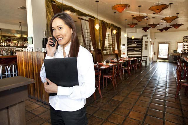 10 Responsibilities of a Restaurant Manager