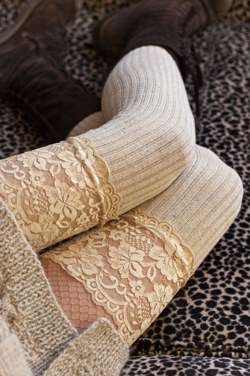 Soft and slouchable, these over the knee socks also stay up well on their own, thanks to their thick rib knit! A perfect mix of confetti colored flecked yarn and wide floral lace, they're delightfully cozy while keeping things fancy.