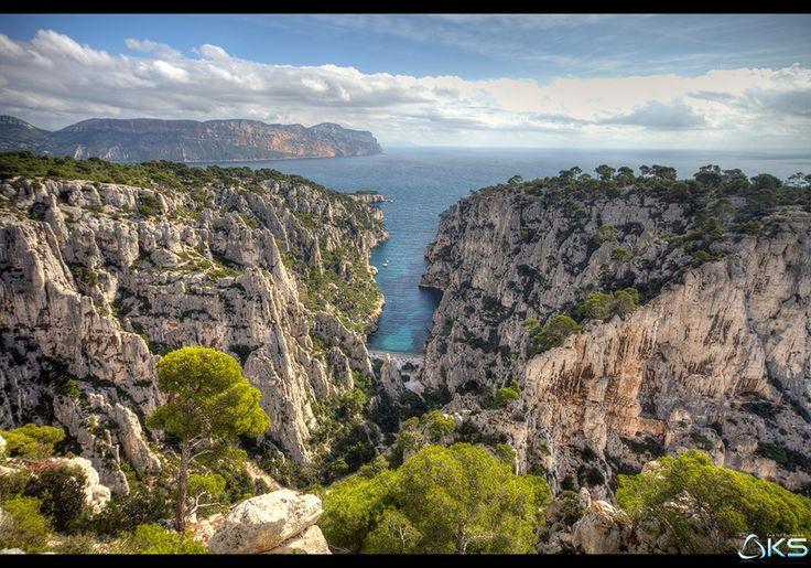 Calanques by Karim SAARI on 500px  calanque #cassis #envau #landscape #marseille #massif #mediterranee #nature #provence #provence-alpes-cote-d'azur #quiet