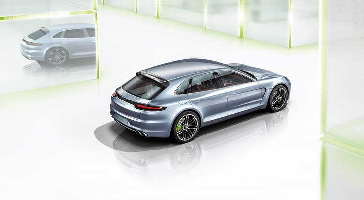The rear of the Panamera Sport Turismo has all the visibly discernable features of a Porsche. The rear lights with LED technology and the rear-light surround with the Porsche insignia have a 3-dimensional form. Learn more: http://www.porsche.com/microsite/sport-turismo/