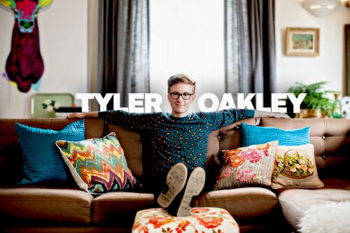 Ugh tyler oakley is amazing. Shows everybody that being judged doesnt change who u r. This guy is gay and he is one of the most popular youtubers on YouTube. #TylerOakley