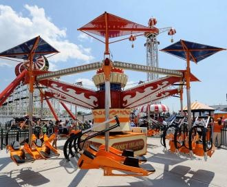Coney Island Hang Glider - Swoop and swerve as you experience the sensation of free flight. Watch out for that seagull!