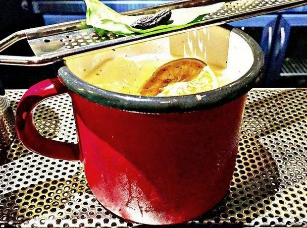 Για ποτό και φαγητό γύρω από το Σύνταγμα - Έξοδος | Ladylike.gr