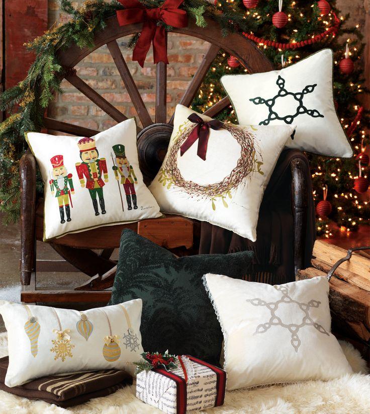 Christmas Throw Pillows Diy : 222 best Christmas Pillows images on Pinterest Christmas pillow, Christmas ideas and Christmas ...