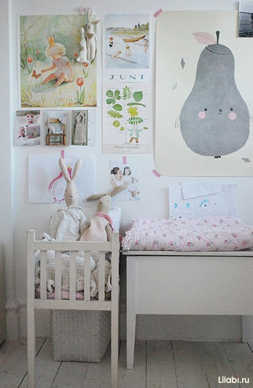 Cute nursery and lovely gallery wall