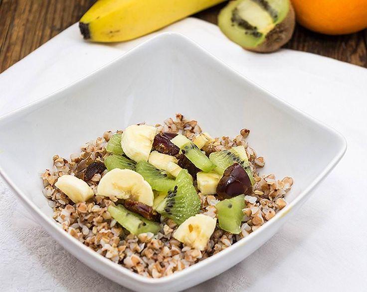 Alice Ciobanu (tarabucatelor.ro) ne propune un mic dejun sanatos pe baza de hrisca care fortifica organismul in sezonul rece!