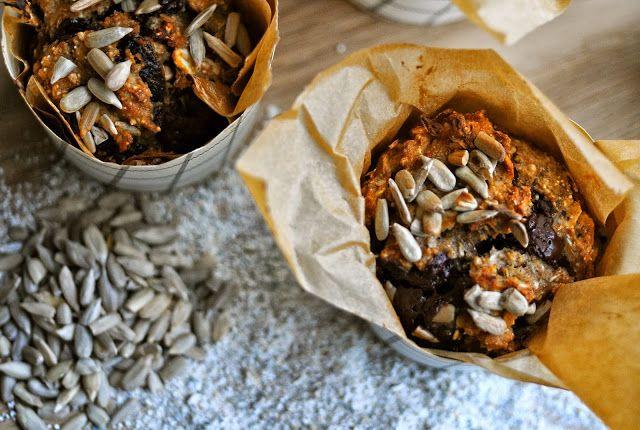 Rugbrødsmuffins med mørk chokolade og abrikoser