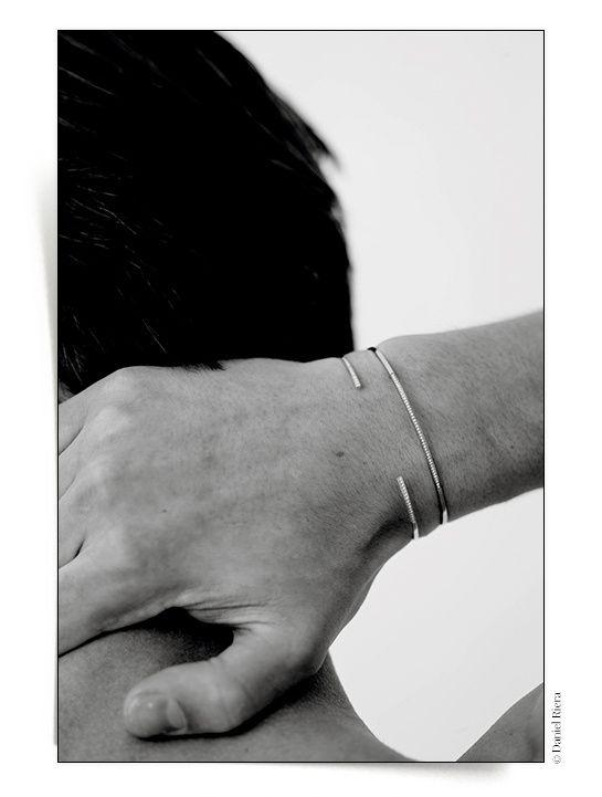 Bracelets joncs homme diamants ultra fins