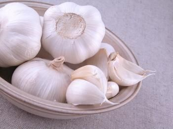 Garlic, the ingredient for Soto (it is called bawang putih in Indonesian)