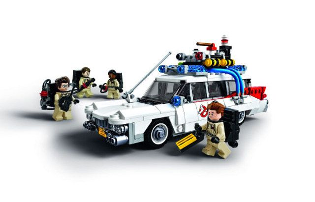 Official Look At The Ghostbusters Ecto-1 LEGO Set