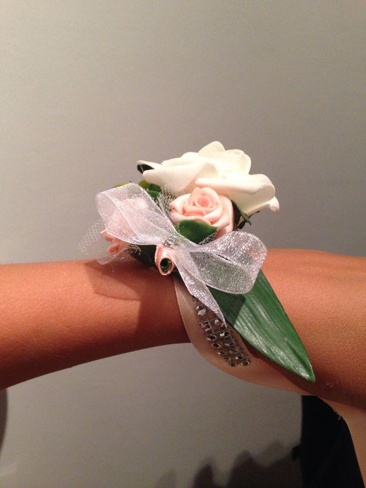 Esküvői csuklódísz