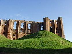 Kenilworth Castle, a massive fortress extensively modernized and given a new Great Hall by John of Gaunt after 1350.