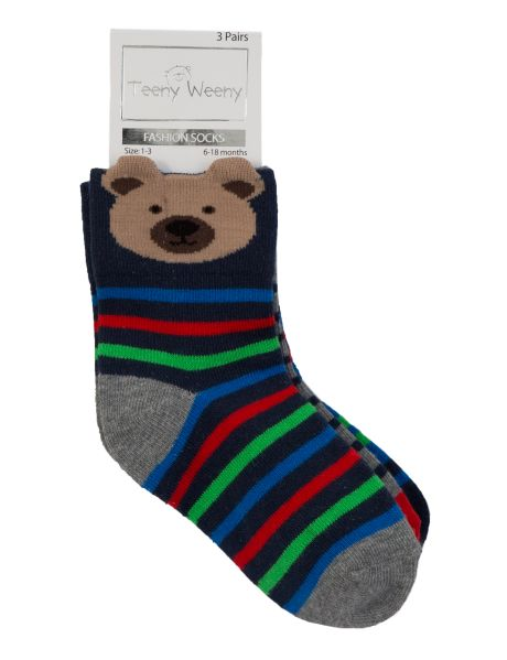 Add some fun to their socks collection with this three-pack. It includes three pairs of 3D socks with a bear, dog and frog.