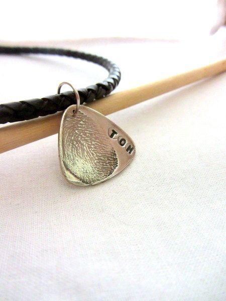 Fingerabdruck Gitarre Plektrum, Silber Fingerprint von MyDias Jewelry auf DaWanda.com