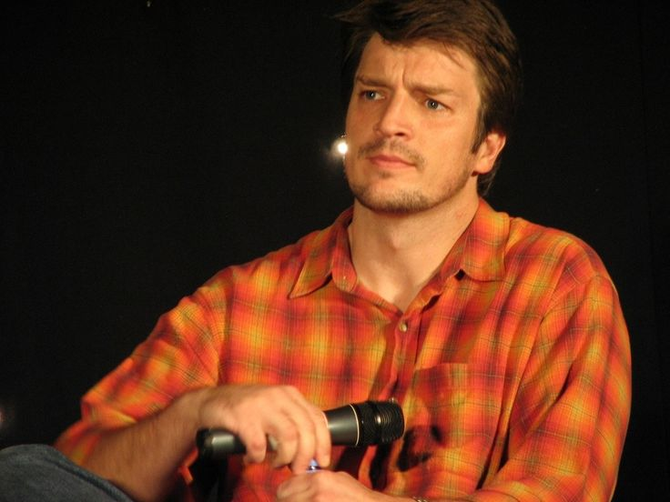 https://flic.kr/p/ed13Rk | Nathan Fillion | Starfury: Serenity Squared, London - 18th to 20th November 2005  Camera: Canon Powershot S2 IS