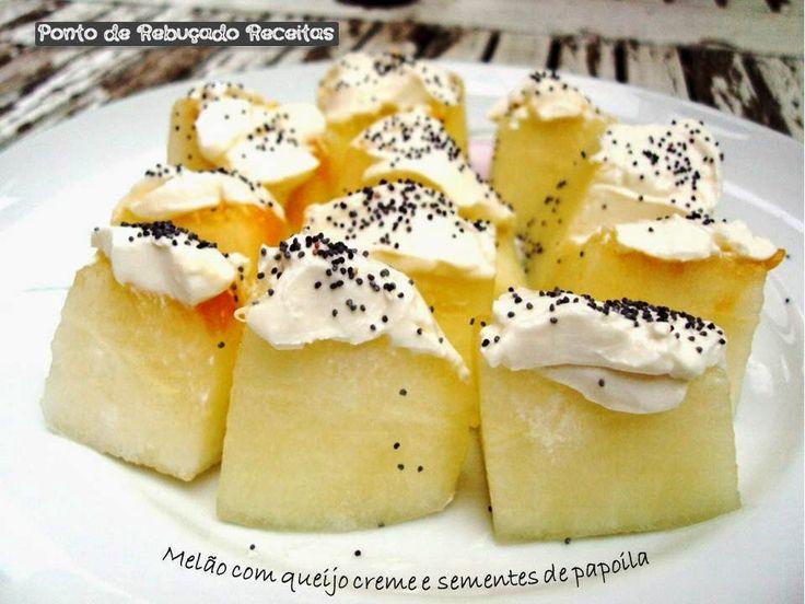Melão com queijo creme e sementes de papoila
