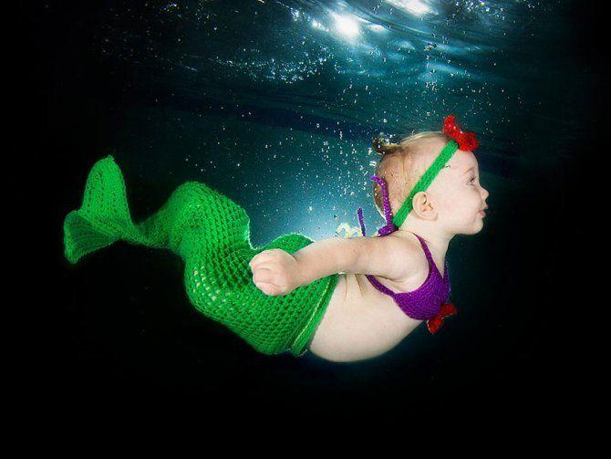 I bambini che nuotano sott'acqua sono spettacolari. #kids #funny