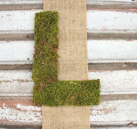 (1) Hometalk :: Burlap and Moss Wall Hangings
