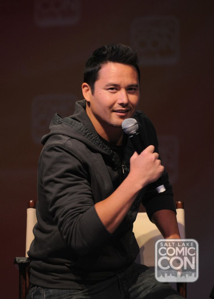Johnny Yong Bosch at his Salt Lake Comic Con 2014 panel.