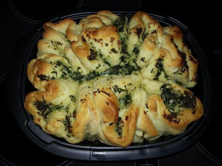 Knoblauch - Faltenbrot, ein leckeres Rezept aus der Kategorie Brot und Brötchen. Bewertungen: 428. Durchschnitt: Ø 4,7.