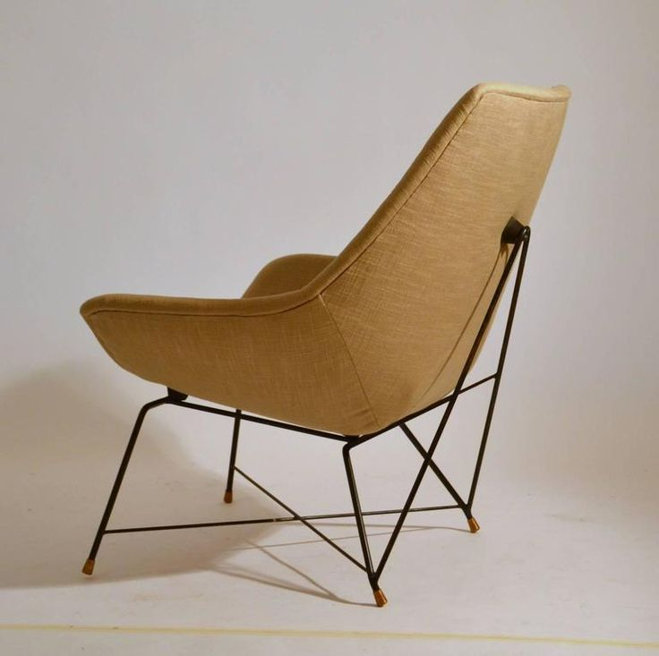 Pair of 1950s Armchairs by Saporiti Designed by Augusto Bozzi 4
