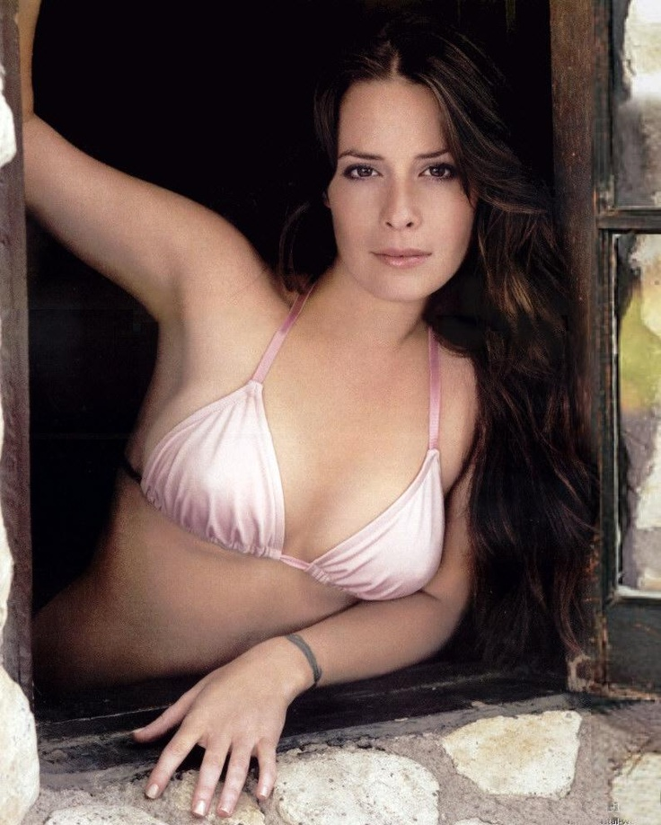 Would holly marie combs naked HEAD