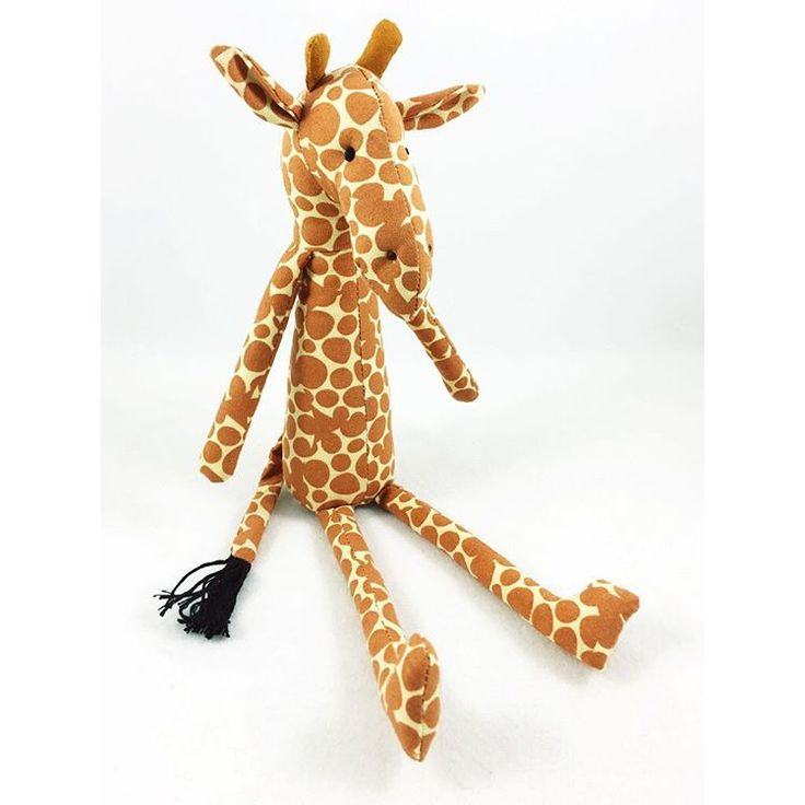 Ok - for reals people - who else is obsessed with watching #aprilthegiraffe like I am? I'm so obsessed I made a giraffe using my #kidgiddy @sizzix Moose die - (taking in the nose and chin a bit & adding a true to life giraffe tail)! I'm thinking an #aprilfools calf what do you think? Thank you to @animaladventurepark for sharing April's story on the live cam!    #Regram via @kidgiddy