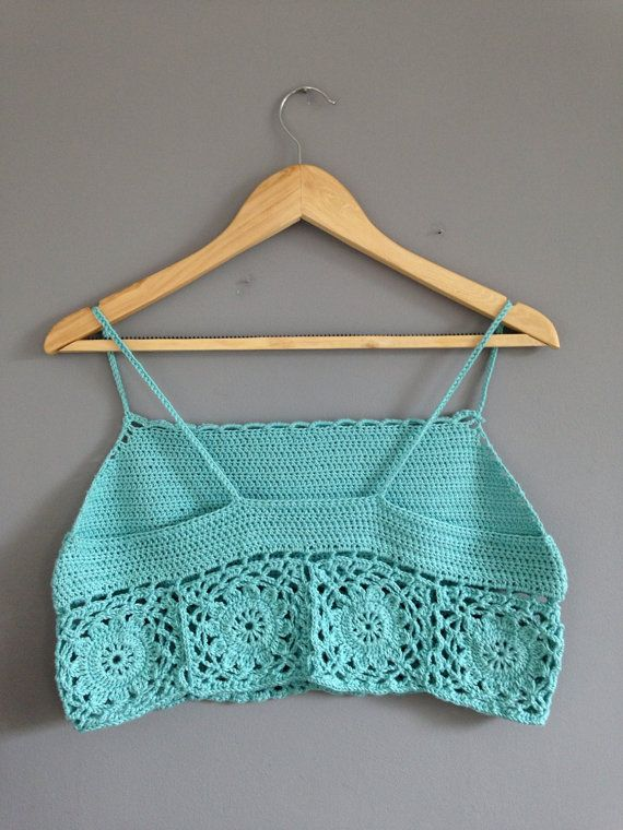 Cropped | croche | azul | detalhes | costas | frente única