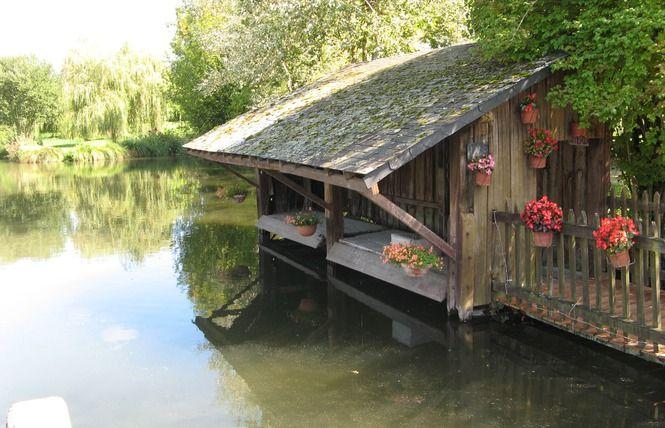 Lavoir à crémaillère à Baugé, Vallée du Loir.