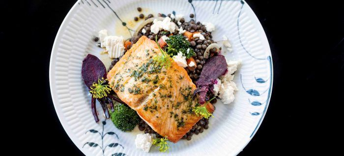 2- The Restaurant and Dining scene is heating up right now. Good quality and Freshness are the keywords when you want to describe Iceland's cuisine. Especially the salmon is worth a try!