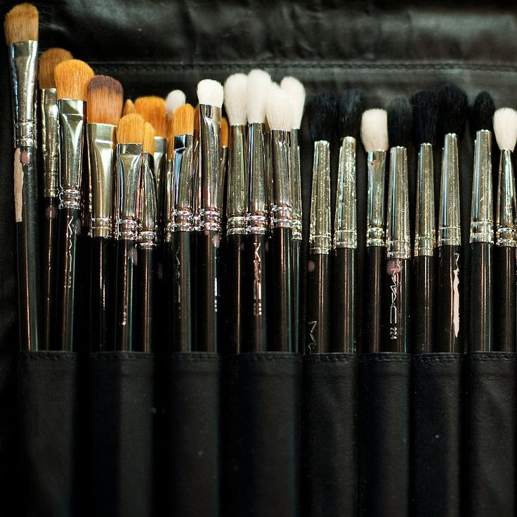 How to Clean Your Makeup Brushes With Household Ingredients: We all know that it's bad for us to use dirty makeup brushes on our skin — come on, you wash your face twice a day, but how often do you actually give your tools the same kind of love?