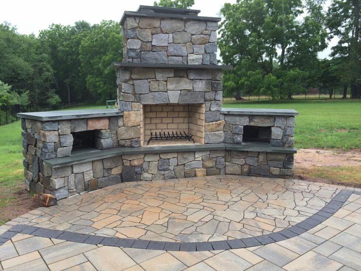 17 best images about outdoor living spaces on pinterest for Outdoor living areas with fireplaces