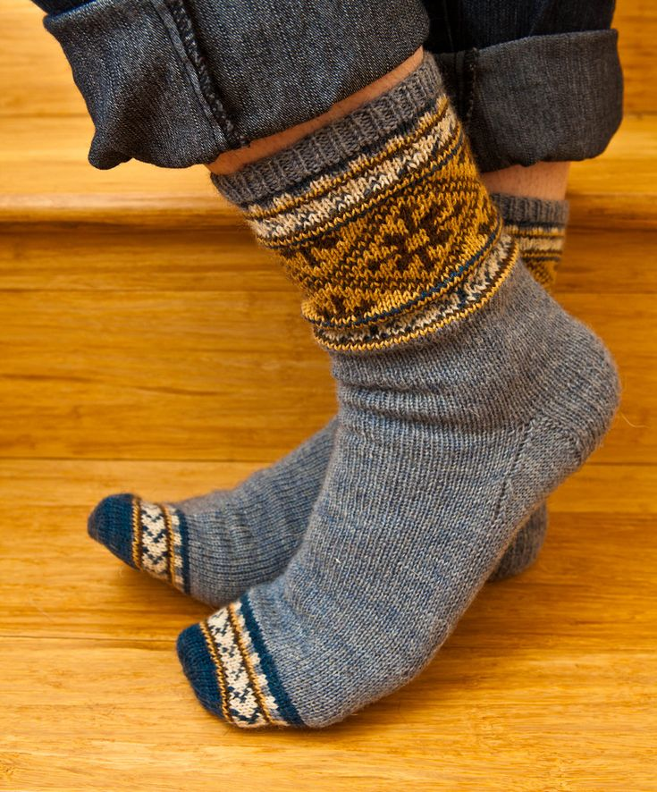 349 best knitting socks images on Pinterest | Shoes, Clothes and Girls