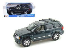 2005 Jeep Grand Cherokee Diecast Model Car 1:18 by Maisto