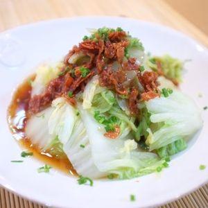 ささっと簡単!さっぱり美味しい♡カリカリベーコンのホットサラダ♪ by sachiさん | レシピブログ - 料理ブログのレシピ満載!   ママブロネタ「 晩ごはん 」からの投稿 こんにちはぁ~~~!!! 晩秋から冬にかけての 白菜 は寒さに耐え 甘みを蓄え るので 美味しくなる 時期でもあります♡ 昨日の夕食は そんな白菜を使って ...