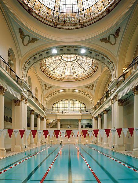 File:Olympic-Club-historic-natatorium.jpg